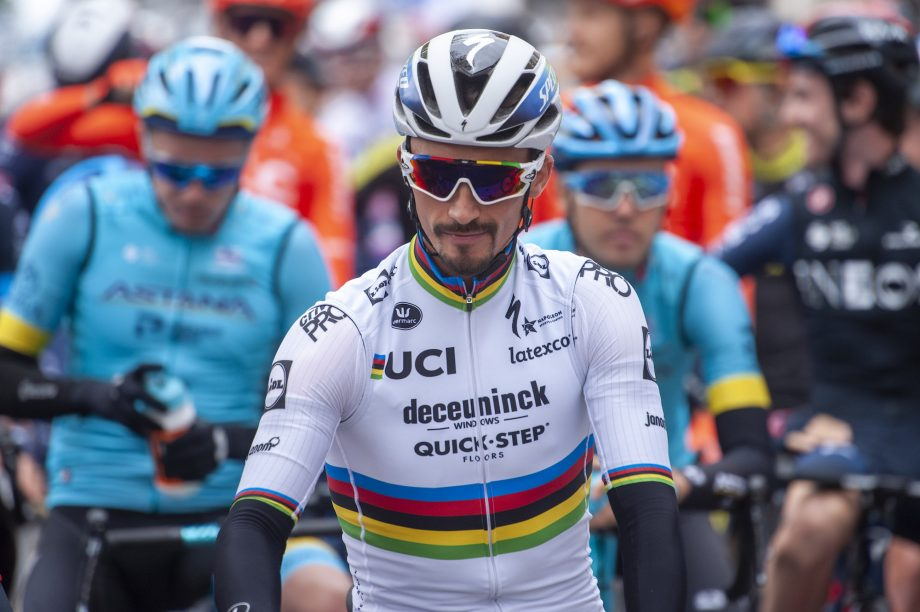 In qualità di leader principale del Tour de France, il team AG2R intende ingaggiare Ala Philippe